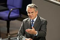 17 OCT 2003, BERLIN/GERMANY:<br /> Kurt Falthauser, CSU, Staatsminister fuer Finanzen Bayern, waehrend seiner Rede, Plenum, Deutscher Bundestag<br /> IMAGE: 20031017-01-093<br /> KEYWORDS: Bundestagsdebatte, speech