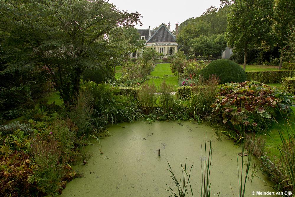 Foto van de parktuin van de 18e eeuwse buitenplaats Geynzicht (Geinzicht), Rijksstraatweg 206, Loenersloot
