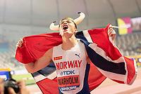 Jubel Sieger Karsten WARHOLM NOR/ 1.Platz mit Helm und Fahne, Finale 400m Huerden der Maenner, am 30.09.2019 Leichtathletik Weltmeisterschaft 2019 in Doha/ Katar, vom 27.09. - 10.10.2019.   Jubilee winner Karsten WARHOLM NOR 1 place with helmet and flag, final 400m hurdles of the men, on 30 09 2019 Athletics World Championship 2019 in Doha Qatar, from 27 09 10 10 2019   <br />  Norway only