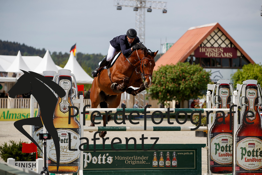 RENZEL Markus (GER), Firenzo<br /> Hagen - Horses and Dreams meets the Royal Kingdom of Jordan 2018<br /> Finale Mittlere Tour<br /> 29. April 2018<br /> www.sportfotos-lafrentz.de/Stefan Lafrentz