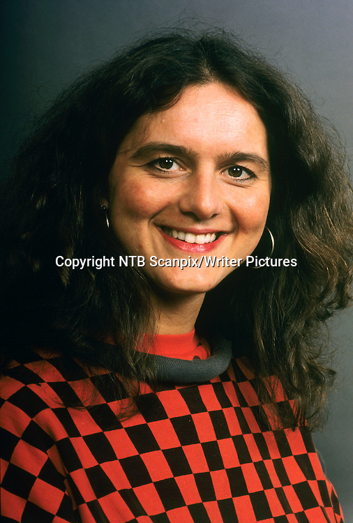 OSLO 199201 Reporter i NRK Sidsel Wold.<br /> Foto: Bj&macr;rn Sigurds&macr;n / Scanfoto / Scanpix<br /> <br /> NTB Scanpix/Writer Pictures<br /> <br /> WORLD RIGHTS, DIRECT SALES ONLY, NO AGENCY