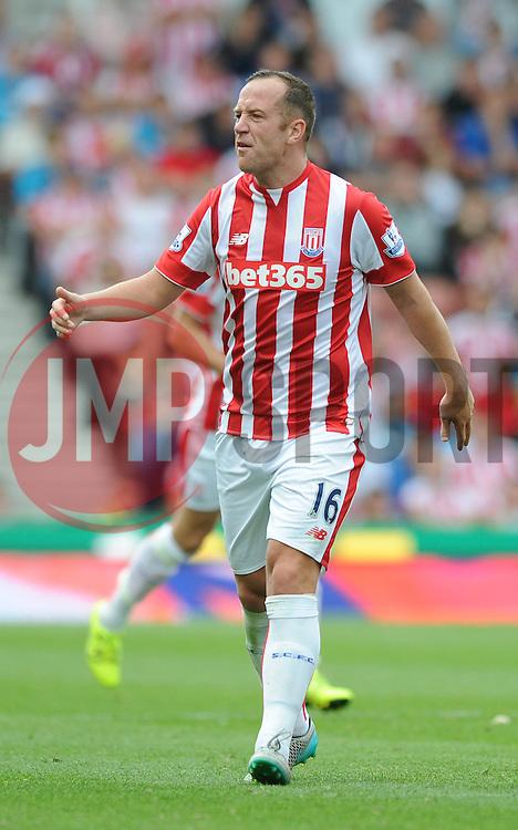 Charlie Adam of Stoke City cuts a frustrated figure - Mandatory byline: Dougie Allward/JMP - 07966386802 - 09/08/2015 - FOOTBALL - Britannia Stadium -Stoke-On-Trent,England - Stoke City v Liverpool - Barclays Premier League