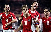 ◊Copyright:<br />GEPA pictures<br />◊Photographer:<br />Helmut Fohringer<br />◊Name:<br />Kollmann<br />◊Rubric:<br />Sport<br />◊Type:<br />Fussball<br />◊Event:<br />OEFB, WM Qualifikation, Laenderspiel, Oesterreich vs England, AUT vs ENG<br />◊Site:<br />Wien, Austria<br />◊Date:<br />04/09/04<br />◊Description:<br />Mario Haas, Andreas Ivanschitz, Roland Kollmann, Dietmar Kuehbauer (AUT), Jubel<br />◊Archive:<br />DCSFH-040904528<br />◊RegDate:<br />04.09.2004<br />◊Note:<br />8 MB - BK/BK
