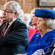 NLD/Doorn/20180824 -  Beatrix opent tentoonstelling 'Verzet en Verdriet in Beeld',  Prinses Beatrix en Commissaris van de koning Willibrord van Beek