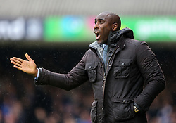 Southend United manager Sol Campbell giving instructions - Mandatory by-line: Arron Gent/JMP - 27/10/2019 - FOOTBALL - Roots Hall - Southend-on-Sea, England - Southend United v Ipswich Town - Sky Bet League One