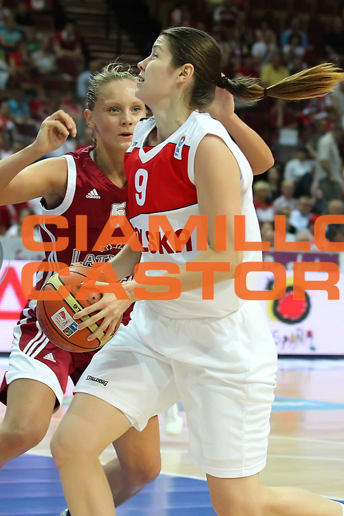 DESCRIZIONE : Katowice Poland Polonia Eurobasket Women 2011 Round 2 Polonia Lettonia Poland Latvia<br /> GIOCATORE : Malgorzata Babicka<br /> SQUADRA : Polonia Poland<br /> EVENTO : Eurobasket Women 2011 Campionati Europei Donne 2011<br /> GARA : Polonia Lettonia Poland Latvia<br /> DATA : 22/06/2011<br /> CATEGORIA : <br /> SPORT : Pallacanestro <br /> AUTORE : Agenzia Ciamillo-Castoria/E.Castoria<br /> Galleria : Eurobasket Women 2011<br /> Fotonotizia : Katowice Poland Polonia Eurobasket Women 2011 Round 2 Polonia Lettonia Poland Latvia<br /> Predefinita :