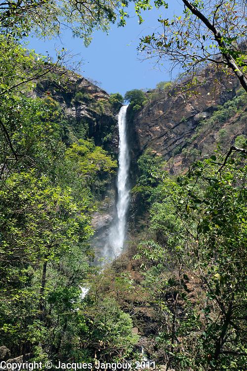 Itiquira waterfall (salto do Itiquira) (168m tall) in Brazilian Highlands, Goias State, Brazil. Rio Itiquira is a tributary of Rio Paranã, in Rio Tocantins basin.