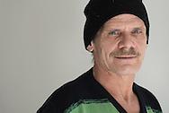 """""""Endlich habe ich wieder<br />Struktur in meinem Alltag""""<br />Norbert, 53, verkauft Hinz&Kunzt an der Bahnstation Klein Flottbek."""