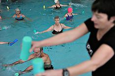 20101209 Ældresvømning