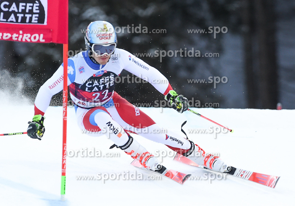 17.12.2017, Grand Risa, La Villa, ITA, FIS Weltcup Ski Alpin, Alta Badia, Riesenslalom, Herren, 1. Lauf, im Bild Loic Meillard (SUI) // Loic Meillard of Switzerland in action during his 1st run of men's Giant Slalom of FIS ski alpine world cup at the Grand Risa in La Villa, Italy on 2017/12/17. EXPA Pictures © 2017, PhotoCredit: EXPA/ Erich Spiess