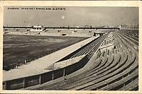 """Zagreb : Stadion - Sokolsko sletište. <br /> <br /> ImpresumZagreb : Foto-Material od t. t. Griesbach i Knaus, [između 1932 i 1941].<br /> Materijalni opis1 razglednica : tisak ; 9,2 x 14 cm.<br /> NakladnikFotoveletrgovina Griesbach i Knaus (Zagreb)<br /> Mjesto izdavanjaZagreb<br /> Vrstavizualna građa • razglednice<br /> ZbirkaGrafička zbirka NSK • Zbirka razglednica<br /> Formatimage/jpeg<br /> PredmetZagreb –– Maksimir<br /> SignaturaRZG-MAKS-36<br /> Obuhvat(vremenski)20. stoljeće<br /> NapomenaRazglednica nije putovala. • Sokolski stadion u Maksimiru izgrađen je 1934. godine povodom 60. obljetnice osnutka Hrvatskog sokola. • Na poleđini razglednice ispod razdjelne linije te na prostoru predviđeno za poštansku marku, otisnuto je Schleussner, od Carl Adolf Schleussner (""""ADOX Fotowerke Dr. C. Schleussner GmbH"""", od 1938.).<br /> PravaJavno dobro<br /> Identifikatori000955882<br /> NBN.HRNBN: urn:nbn:hr:238:214089 <br /> <br /> Izvor: Digitalne zbirke Nacionalne i sveučilišne knjižnice u Zagrebu"""