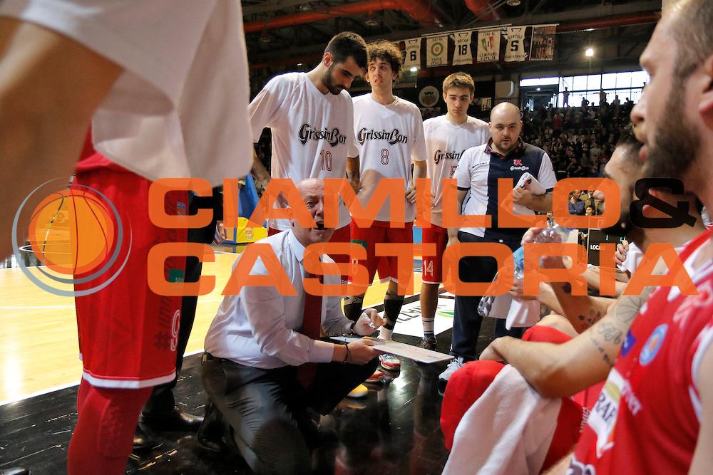DESCRIZIONE : Caserta Lega A 2015-16 Pasta Reggia Caserta Grissin Bon Reggio Emilia<br /> GIOCATORE : Massimiliano Menetti<br /> CATEGORIA : timeout<br /> SQUADRA : Grissin Bon Reggio Emilia<br /> EVENTO : Campionato Lega A 2015-2016 <br /> GARA : Pasta Reggia Caserta Grissin Bon Reggio Emilia<br /> DATA : 10/04/2016<br /> SPORT : Pallacanestro <br /> AUTORE : Agenzia Ciamillo-Castoria/A. De Lise <br /> Galleria : Lega Basket A 2015-2016 <br /> Fotonotizia : Caserta Lega A 2015-16 Pasta Reggia Caserta Grissin Bon Reggio Emilia