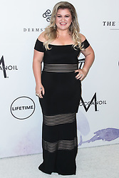 Kelly Clarkson arrives at the Variety's Power Of Women Los Angeles 2017 held at The Beverly Wilshire Hotel on October 13, 2017 in Beverly Hills, California. 13 Oct 2017 Pictured: Kelly Clarkson. Photo credit: IPA/MEGA TheMegaAgency.com +1 888 505 6342