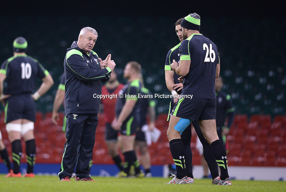 21.11.14 - Wales Rugby Training -<br /> Warren Gatland talks to Jamie Roberts and George North during training.<br /> &copy; Huw Evans Picture Agency
