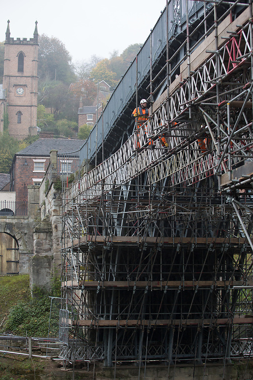Oct 19th 2017 - Ironbridge - renovation of the fameous ' Iron Bridge ' by English Heritage