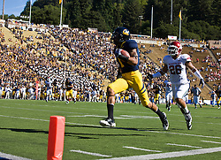 October 24, 2009; Berkeley, CA, USA;  California Golden Bears wide receiver Marvin Jones (1) beats Washington State Cougars safety Xavier Hicks Jr. (26) to score a touchdown during the first quarter at Memorial Stadium.