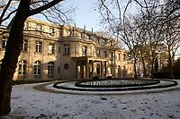 15 JAN 2002, BERLIN/GERMANY:<br /> Gedenk- und Bildungsstaette Haus der Wannsee-Konferenz, Am Grossen Wannsee 56-58, 14109 Berlin<br /> IMAGE: 20020115-01-039