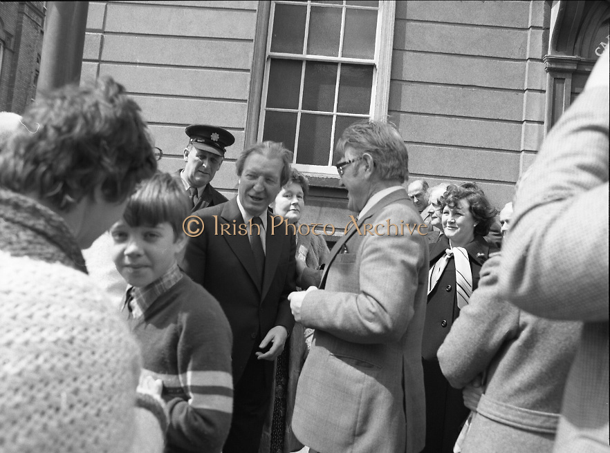 Sean Lemass 9th Anniversary Memorial Mass..1980-05-11.11th May 1980.11-05-1980.05-11-80..Photographed at the Carmelite Priory Whitefriar Street...An Taoiseach Charles Haughey TD, son in law of the late Sean Lemass..