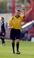 Photo: Leigh Quinnell.<br /> Nottingham Forest v Bristol City. Coca Cola League 1. 21/10/2006. Referee M.Halsey