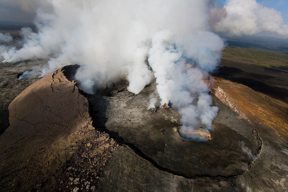 Pu`u O`o Vent, Hawaii Volcanoes National Park, aerial view.