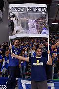 DESCRIZIONE : Campionato 2015/16 Serie A Beko Dinamo Banco di Sardegna Sassari - Umana Reyer Venezia<br /> GIOCATORE : Brenton Petway The Arrow Commando Ultra' Dinamo<br /> CATEGORIA : Ultras Tifosi Spettatori Pubblico<br /> SQUADRA : Dinamo Banco di Sardegna Sassari<br /> EVENTO : LegaBasket Serie A Beko 2015/2016<br /> GARA : Dinamo Banco di Sardegna Sassari - Umana Reyer Venezia<br /> DATA : 01/11/2015<br /> SPORT : Pallacanestro <br /> AUTORE : Agenzia Ciamillo-Castoria/L.Canu