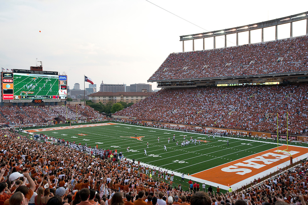 AUSTIN, TX - SEPTEMBER 14: A general view as the Texas Longhorns face the Mississippi Rebels on September 14, 2013 at Darrell K Royal-Texas Memorial Stadium in Austin, Texas.  (Photo by Cooper Neill/Getty Images) *** Local Caption ***