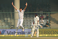 Cricket - India v South Africa 4th Test at Delhi Day 3
