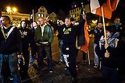 Frankfurt | 07 October 2016<br /> <br /> Am Freitag (07.10.2016) versammelten sich in Wetzlar etwa 80 Neonazis aus dem Umfeld der NPD, von neonazistischen Freien Kameradschaften, dem sog. Freien Netz Hessen und der Identit&auml;ren Bewegung zu einer Demonstration &quot;gegen &Uuml;berfremdung&quot;. Die geplante Demo-Route war von etwa 1600 Anti-Nazi-Aktivisten blockiert, daher wurde den Neonazis eine neue Demoroute durch Altstadt und Innenstadt von Wetzlar vorbei am Wetzlarer Dom zugewiesen. Auch hier stellten sich den Rechten immer wieder Aktivisten in den Weg.<br /> Hier: W&auml;hrend der Zwischenkundgebung der Neonazi-Demo vor dem Dom von Wetzlar p&ouml;beln Neonazis der Berserker Pforzheim Anti-Nazi-Demonstranten an.  <br /> <br /> photo &copy; peter-juelich.com<br /> <br /> FOTO HONORARPFLICHTIG, Sonderhonorar, bitte anfragen!