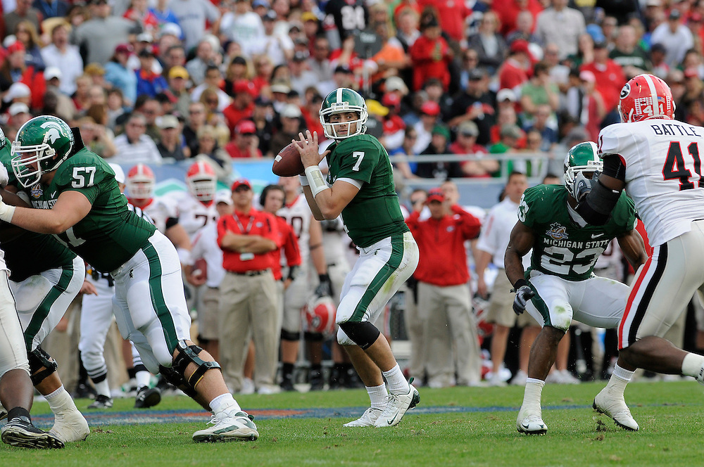 January 1, 2009: Brian Hoyer of the Michigan State Spartans in action during the NCAA football game between the Michigan State Spartans and the Georgia Bulldogs in the Capital One Bowl. The Bulldogs defeated the Spartans 24-12.