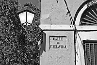 Calle San Sebastián street sign and lamp