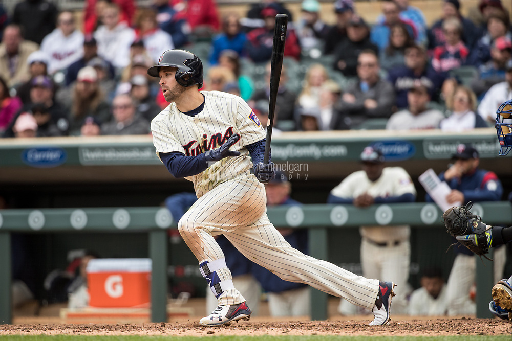 MINNEAPOLIS, MN- APRIL 5: Brian Dozier #2 of the Minnesota Twins bats against the Kansas City Royals on April 5, 2017 at Target Field in Minneapolis, Minnesota. The Twins defeated the Royals 9-1. (Photo by Brace Hemmelgarn) *** Local Caption *** Brian Dozier