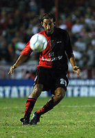 Fotball<br /> Independiente v Newells<br /> Torneo Clausura<br /> Buenos Aires<br /> 21. februar 2004<br /> Foto: Digitalsport<br /> Norway Only<br /> Zapata, Newells