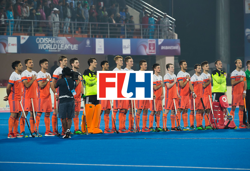 BHUBANESWAR -  Oranje line up voor de Hockey World League Finals , de kwartfinale wedstrijd Duitsland-Nederland (3-3).Duitsland wint na shoot-outs.    COPYRIGHT KOEN SUYK