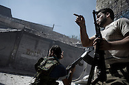 SYRIA, ALEPPO. Syrians rebels take position on  ALESSIO ROMENZI