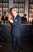 The Duke of Marlborough, Hot Ice party hosted by Dominique Heriard Dubreuil and Theo Fennell, ( Remy Martin and theo Fennell) at 35 Belgrave Sq. London W1. 26 October 2004. ONE TIME USE ONLY - DO NOT ARCHIVE  © Copyright Photograph by Dafydd Jones 66 Stockwell Park Rd. London SW9 0DA Tel 020 7733 0108 www.dafjones.com