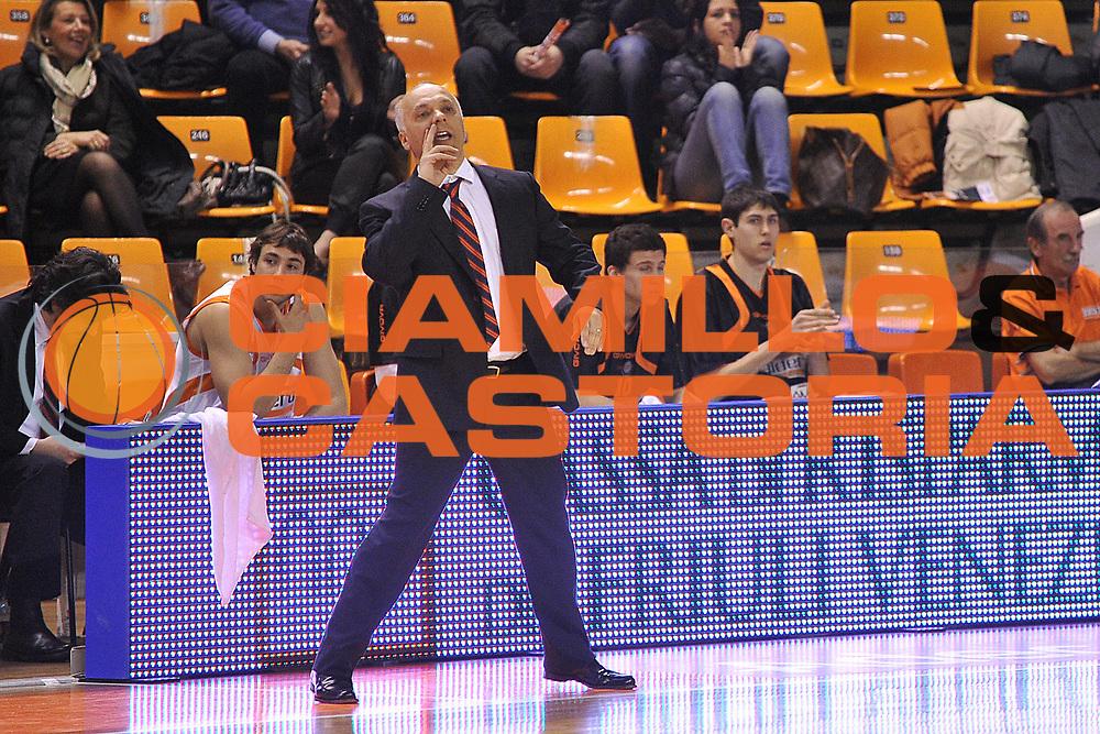 DESCRIZIONE : Udine Lega A2 2010-11 Snaidero Udine Tezenis Verona<br /> GIOCATORE : Luigi Garelli<br /> SQUADRA : Snaidero Udine<br /> EVENTO : Campionato Lega A2 2010-2011<br /> GARA : Snaidero Udine Tezenis Verona<br /> DATA : 11/03/2011<br /> CATEGORIA : Coach<br /> SPORT : Pallacanestro <br /> AUTORE : Agenzia Ciamillo-Castoria/S.Ferraro<br /> Galleria : Lega Basket A2 2010-2011 <br /> Fotonotizia : Udine Lega A2 2010-11 Snaidero Udine Assigeco BPL Casalpusterlengo<br /> Predefinita :