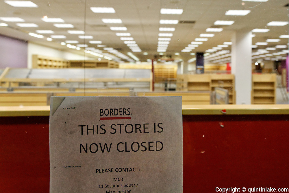 """""""This store is now closed notice' Empty Shop window of Borders bookstore after closure showing empty book shelves. Borders bookstore in Oxford is one of 45 stores in the UK to close all its branches in the UK on 22 December. The chain went into administration earlier this month and had kept open all its stores while it attempted to find a buyer. Administrators MCR said all 45 Borders and Books Etc stores would close on 22 December. Borders has suffered from increased competition from online retailers and supermarkets. Borders employed 1,150 people in total. MCR has previously said Borders had """"severe cash flow pressures"""" and that several suppliers had stopped or reduced its credit, which made suppliers less willing to trade with the retailer and made it difficult for it to replenish its stock levels."""