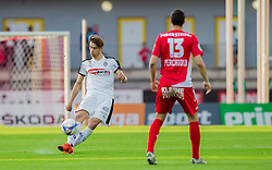 25.05.2016, Franz Fekete Stadion, Kapfenberg, AUT, 2. FBL, KSV 1919 vs SV Austria Salzburg, 36. Runde, im Bild Felix Huspek (SV Austria Salzburg), Marco Perchtold (KSV 1919) // during the Austrian Erste Liga Match, 36th Round, between KSV 1919 and SV Austria Salzburg at the Franz Fekete Stadium, Kapfenberg, Austria on 2016/05/25, EXPA Pictures © 2016, PhotoCredit: EXPA/ Dominik Angerer