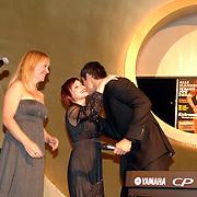 NLD/Amsterdam/20061108 - Uitreiking ' Cosmo-vrouw van het jaar 2006 ', Hilmar Mulder, Victoria Koblenko en Arie Boomsma