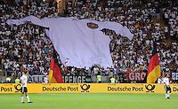 Fussball International:  Testspiel       Deutschland - Bosnien Herzegowina          03.06.2010 Deutschland Fankurve mit einem Trikot Banner
