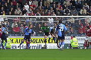 Peter Spurrier Sports  Photo.email pictures@rowingpics.com.Tel 44 (0) 7973 819 551.Nationwide Division 2 .Wycombe Wanders FC v Swindon Town FC..27-10-2001.2nd Half...