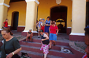 23 JULY 2002 - TRINIDAD, SANCTI SPIRITUS, CUBA: Tourists in the colonial city of Trinidad, province of Sancti Spiritus, Cuba, July 23, 2002. Trinidad is one of the oldest cities in Cuba and was founded in 1514. The city's historic atmosphere has made it one of the most popular tourist destinations in Cuba.  .PHOTO BY JACK KURTZ