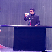 NLD/Amsterdam/20171223 - The Christmas Show 2017 in de Ziggo Dome, Buddy Vedder en Victor Mids