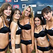 NLD/Amsterdam/20080518 - Opname strafschoppen EK Lingerie, team uit italie