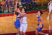 DESCRIZIONE : Schio Qualificazione Eurobasket Women 2009 Italia Bosnia <br /> GIOCATORE : Giauro <br /> SQUADRA : Nazionale Italia Donne <br /> EVENTO : Raduno Collegiale Nazionale Femminile <br /> GARA : Italia Bosnia Italy Bosnia <br /> DATA : 06/09/2008 <br /> CATEGORIA : Tiro <br /> SPORT : Pallacanestro <br /> AUTORE : Agenzia Ciamillo-Castoria/S.Silvestri <br /> Galleria : Fip Nazionali 2008 <br /> Fotonotizia : Schio Qualificazione Eurobasket Women 2009 Italia Bosnia <br /> Predefinita :