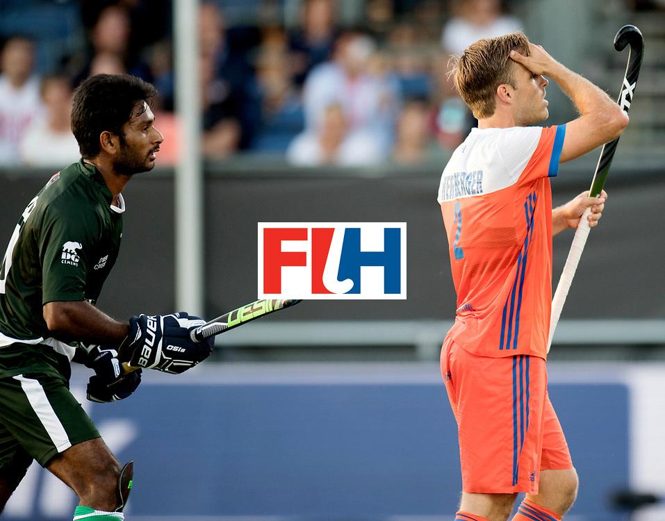 BREDA - Rabobank Hockey Champions Trophy<br /> The Netherlands - Pakistan<br /> Photo: jeroen Hertzberger,<br /> COPYRIGHT WORLDSPORTPICS FRANK UIJLENBROEK