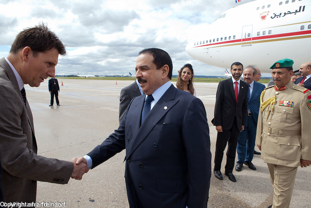 King of Bahrain, Hamad bin Isa bin Salman Al Khalifa, arriving to Paris, France