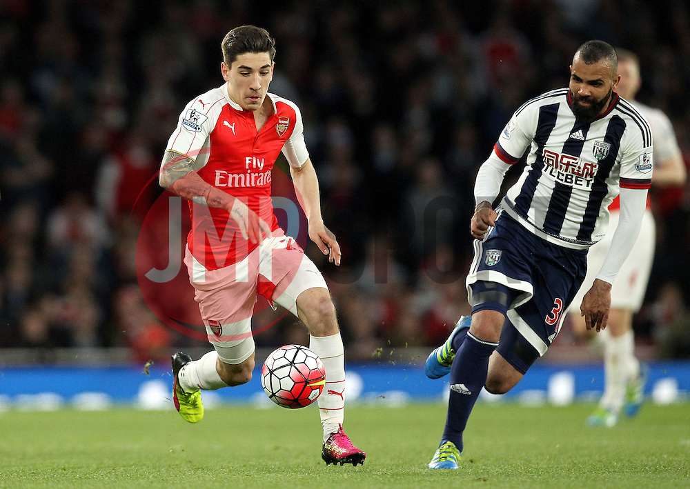 Hector Bellerin of Arsenal goes past Sandro of West Bromwich Albion - Mandatory by-line: Robbie Stephenson/JMP - 21/04/2016 - FOOTBALL - Emirates Stadium - London, England - Arsenal v West Bromwich Albion - Barclays Premier League