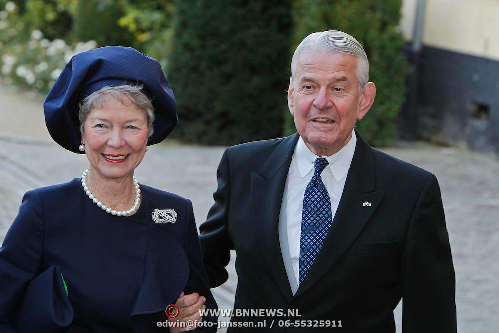 BEL/Brussel/20101120 - Huwelijk prinses Annemarie de Bourbon de Parme-Gualtherie van Weezel en bruidegom Carlos de Borbon de Parme, Jaap Rost Onnes en partner