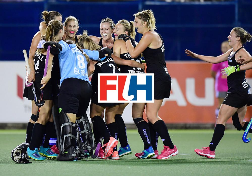 AUCKLAND - Sentinel Hockey World League final women<br /> Match id: 10310<br /> 20 ENG v NZL (Semi Final) 0-1<br /> New Zealand play the final<br /> Foto:  Celebrations for New Zealand.<br /> WORLDSPORTPICS COPYRIGHT FRANK UIJLENBROEK